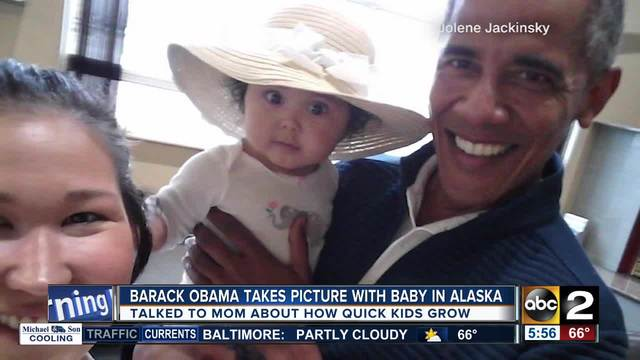 Picture of Barack Obama holding baby goes viral